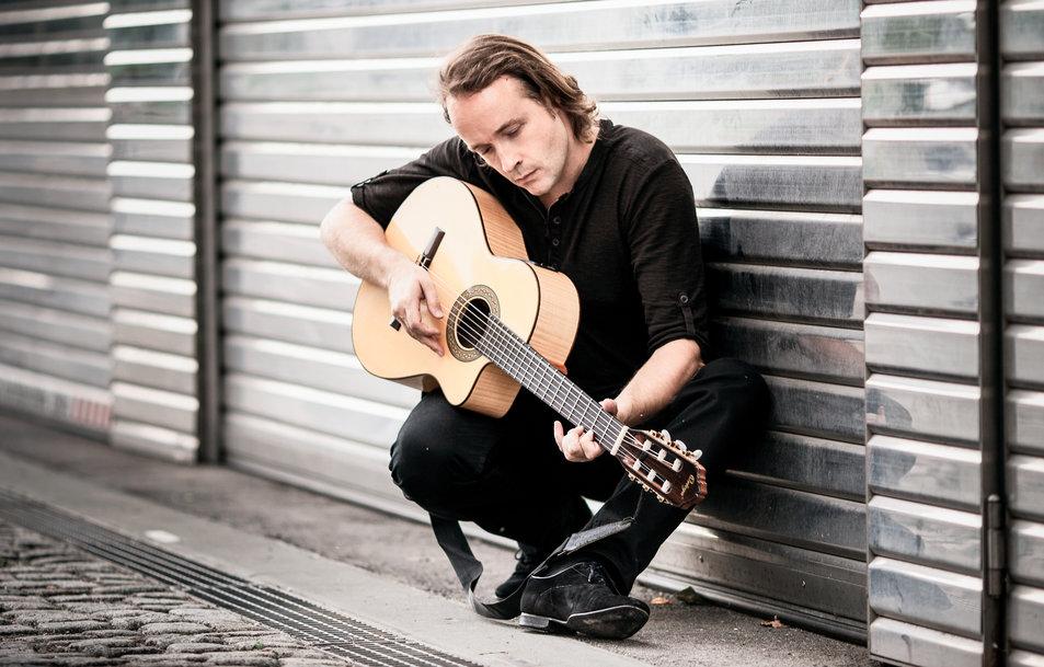 2015 Sebastian Lohse Gitarre