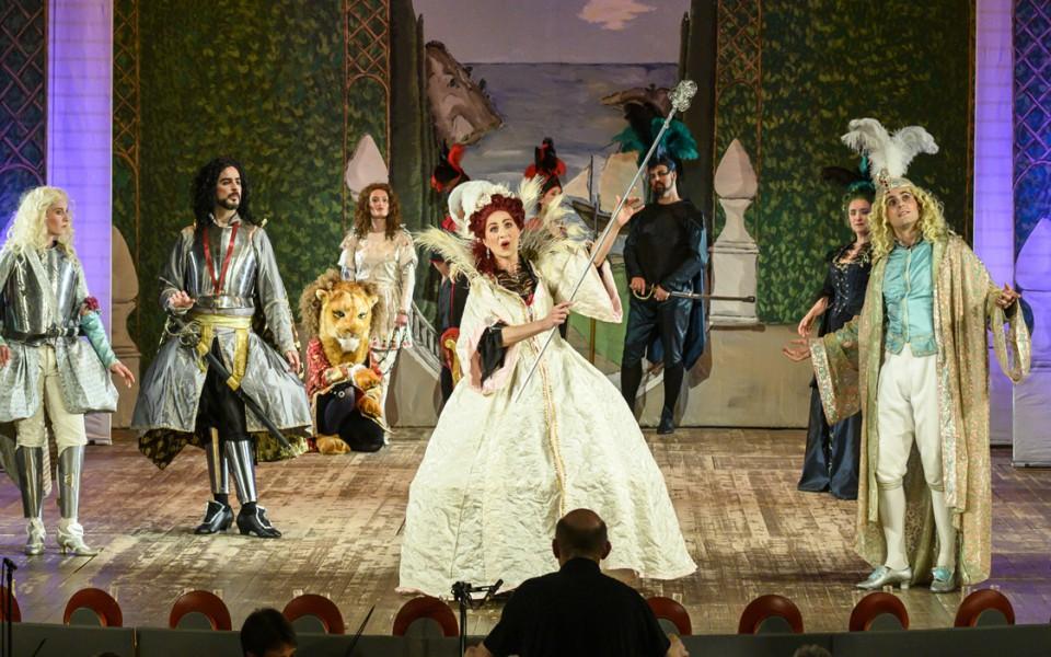 Alcina – Händels berühmte Zauberoper mit der lautten compagney BERLIN in barocker Farbenpracht!